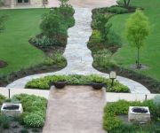 Quartzite Irregular Meandering Walkway